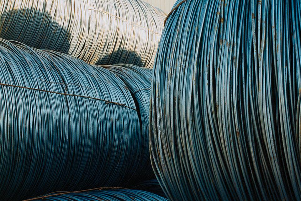 Exposición TRAMA. Cables azules