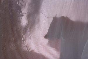 Fotografía de ropa colgada